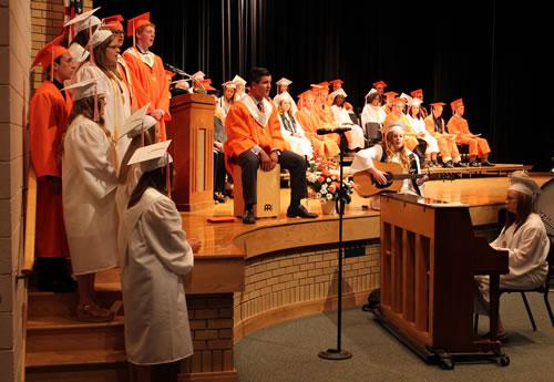 Lyndonville graduates 2016