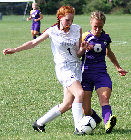 091016_cw_albion-soccer-1a