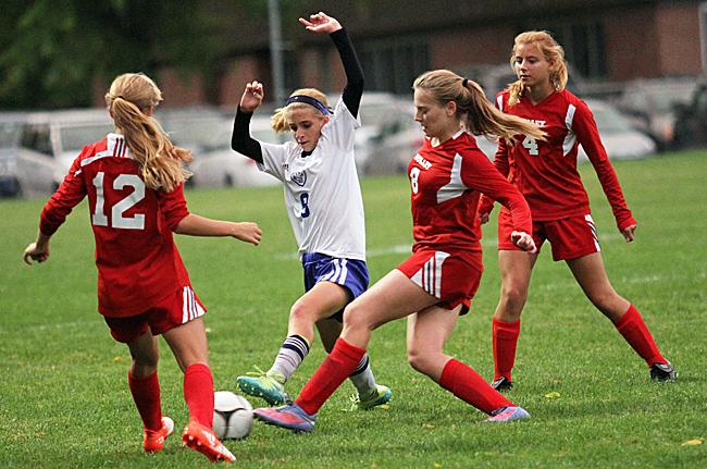 092916_cw_girls-soccer-1