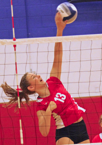 100516_cw_volleyball-2