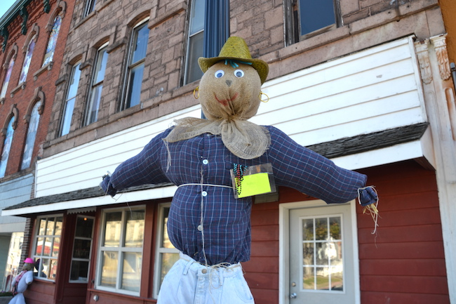 Scarecrow Contest Off To A Good Start In Albion Orleans Hub