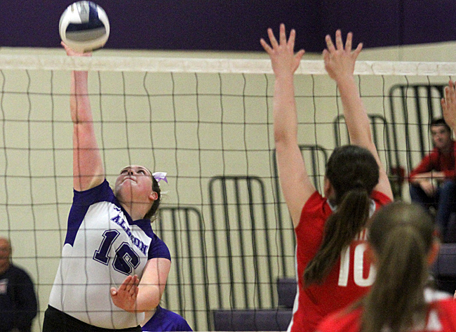 101416_cw_volleyball-3
