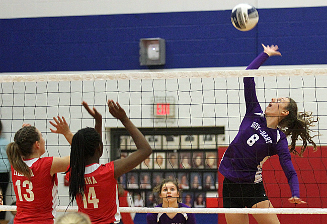 102116_cw_volleyball-2