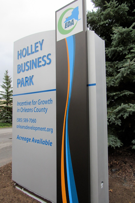 102316_holleybpsign2