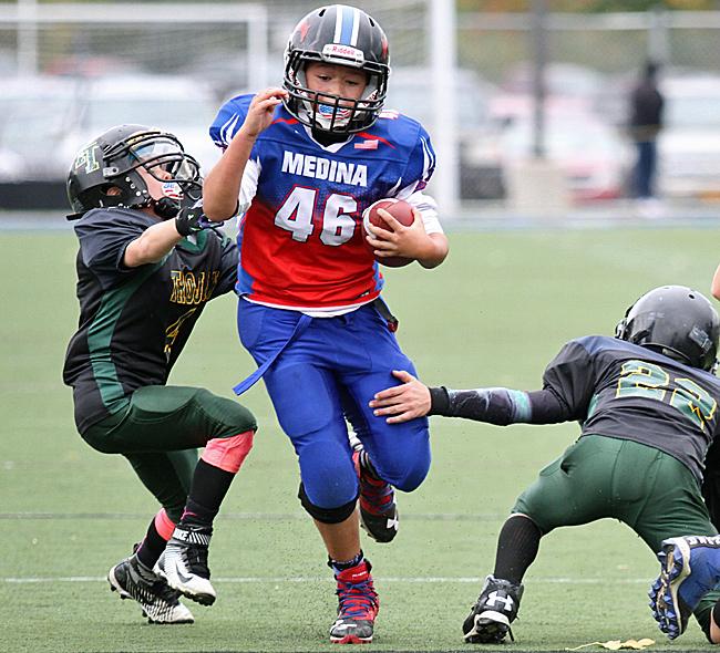 103016_cw_broncos-football