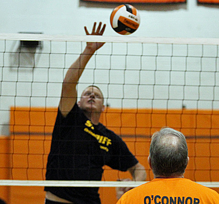 110316_cw_volleyball-2