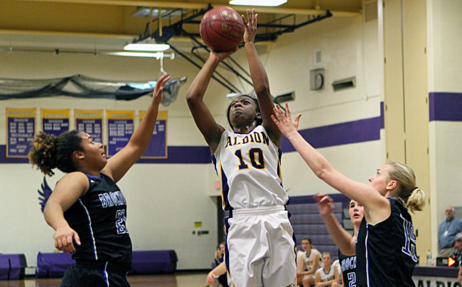 112916_cw_albion-girls-basketball-1