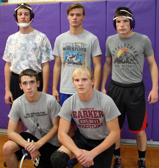 120416_mw_royhart-wrestling