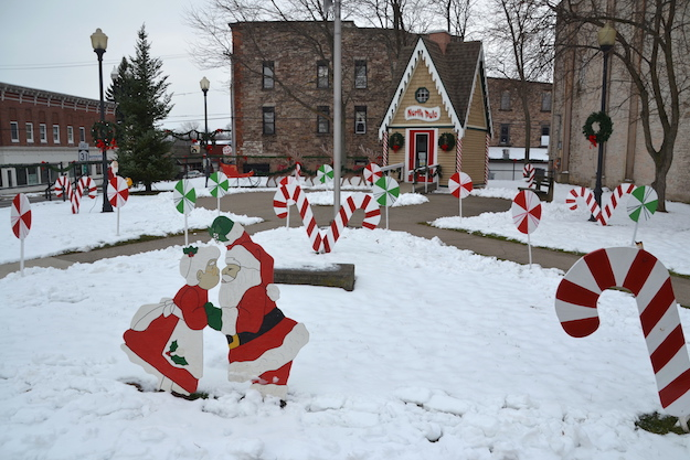 Photo by Tom Rivers: North Pole at Rotary Park in Medina is pictured on Tuesday.