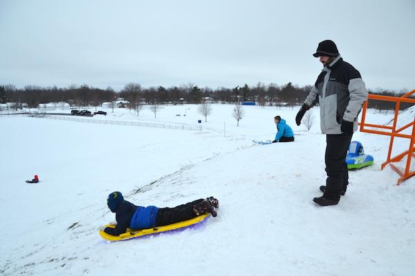 121916_sledding2