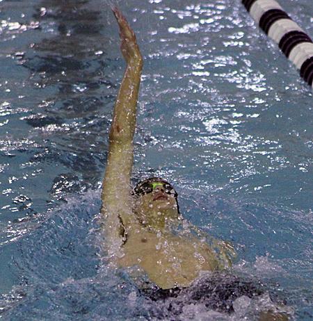 122016_cw_boys-swimming