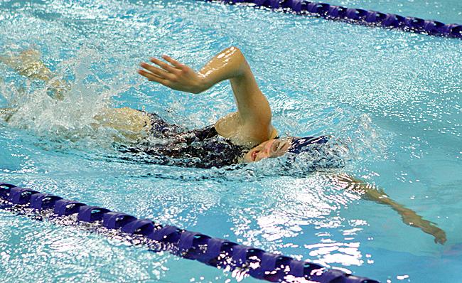 122216_cw_girls-swimming