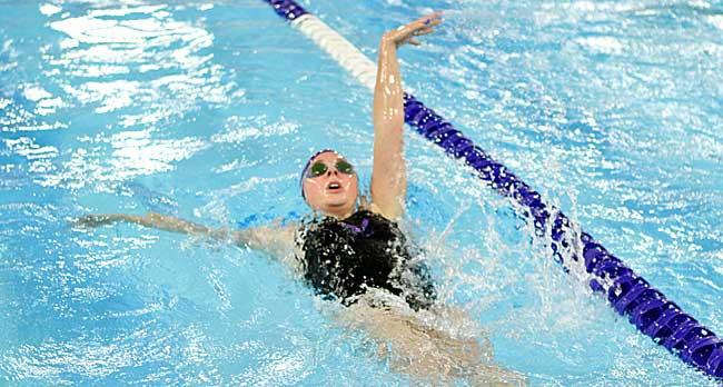 011017_cw_swimming-3