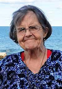 Bonnie Ryder